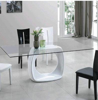 玻璃钢+玻璃餐桌