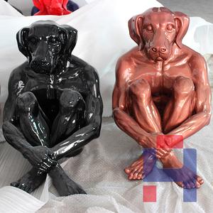 创意狗头人身雕塑