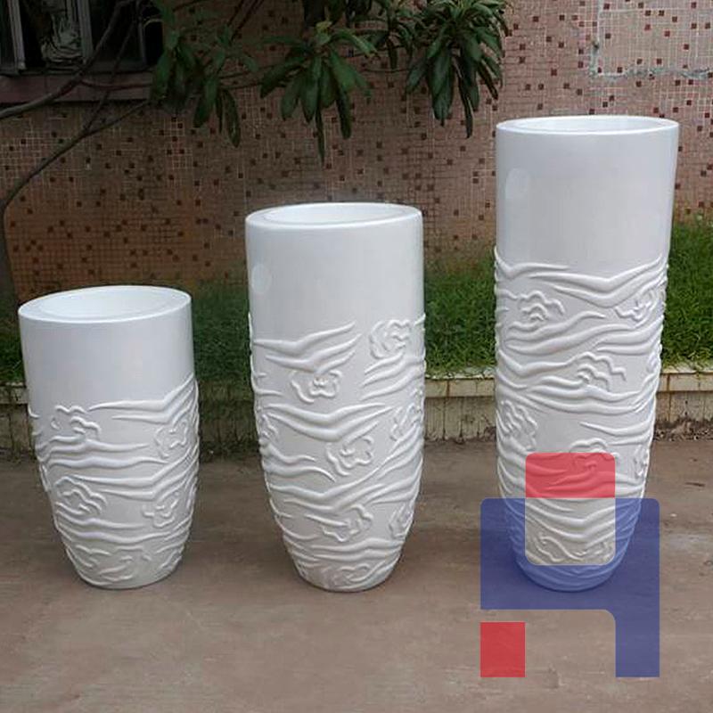商场组合玻璃钢美陈花盆.jpg